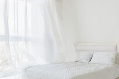 Интерьер белой комнаты стоковая фотография
