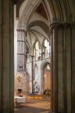 Интерьер двенадцатого века замка Rochester Замок и руины городищ Кент, юговосточная Англия Стоковое Фото