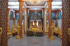 Интерьер виска Wat Chalong стоковое фото