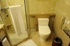 интерьер гостиницы ванной комнаты Стоковое Изображение