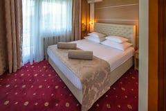 Интерьер гостиничного номера стоковые фото