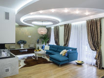 Интерьер живущей комнаты квартиры Стоковые Изображения RF