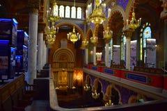 Интерьер испанской синагоги в старом городе Праги стоковая фотография rf