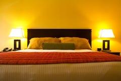 Интерьер комнаты кровати Стоковые Фотографии RF