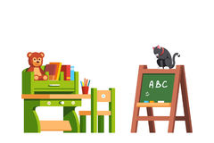 Интерьер класса Preschool с книгами и игрушками Стоковое Изображение RF