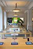 Интерьер магазина Амстердама Яблока Стоковая Фотография