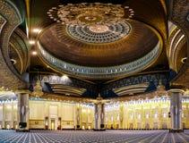 Интерьер мечети Кувейта грандиозный, Кувейт, Кувейт Стоковая Фотография