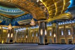 Интерьер мечети Кувейта грандиозный, Кувейт, Кувейт Стоковые Фотографии RF