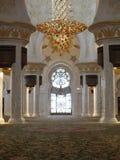 Интерьер мечети шейха Zayed в Абу-Даби Стоковое Фото