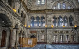 Интерьер мечети Nuruosmaniye, Стамбула, Турция, Стоковые Изображения RF