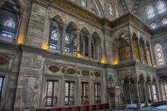 Интерьер мечети Nuruosmaniye, Стамбула, Турция, Стоковая Фотография