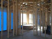 Интерьер нового дома под конструкцией Стоковое фото RF