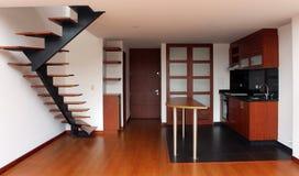 Интерьер новой современной квартиры Стоковое фото RF