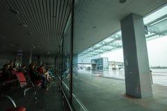 Интерьер 15-ое мая 2014 Украины международного аэропорта Borispol: Новый стержень для отклонения воздушных судн Тема воздуха tr стоковая фотография
