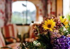 Интерьер дома сельской местности удобный внутри alsacien стиль Стоковые Фотографии RF