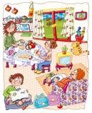 Интерьер дома с семьей, мать режет яблока Стоковое Изображение RF