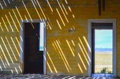 Интерьер покинутого здания школы Стоковое Фото