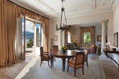Интерьер, роскошная живущая комната Стоковое фото RF