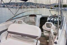 Интерьер роскошной яхты стоковое фото rf