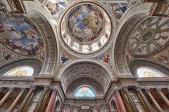 интерьер собора стоковое изображение rf