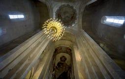 Интерьер собора Svetitskhoveli в Mtskheta стоковое изображение