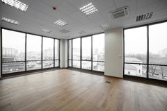 Интерьер современного офисного здания Стоковая Фотография RF