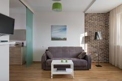 Интерьер современной квартиры в скандинавском стиле стоковые изображения rf