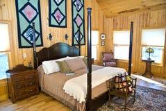 интерьер спальни затеняет окно Стоковое Фото
