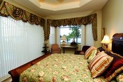 интерьер спальни стоковые фото