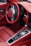 Интерьер спортивной машины красный кожаный Стоковое фото RF