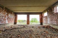 Интерьер старого здания под конструкцией Оранжевый кирпич wal Стоковые Изображения RF
