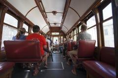 Интерьер старого трамвая /vintage в Порту - Португалии Стоковое Изображение RF