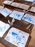Интерьер старой школы с ручками чернил Стоковые Фотографии RF