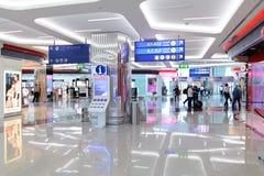 интерьер строба авиапорта к дорожке Стоковое Фото