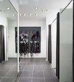 Интерьер уборной на магазине ткани Стоковая Фотография RF