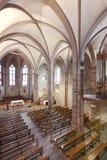 Интерьер церков Нотр-Дам Du Поединка Du Pont в Франции Стоковое Изображение RF
