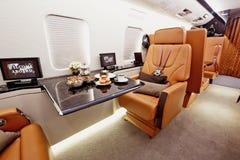 Интерьер частного самолета стоковые фото