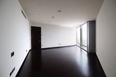 Интерьер яркой пустой комнаты Стоковые Фото