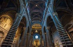 Интерьер Duomo Siena, Тосканы, Италии Стоковое Фото