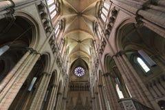 интерьер lyon Франции собора Стоковое Изображение