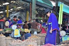 Индейцы Guanbano в рынке Silvia, Колумбии Стоковая Фотография