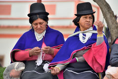 Индейцы Guanbano в рынке Silvia, Колумбии стоковое фото