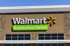 Индианаполис - около август 2016: Положение розницы Walmart Walmart американская Транснациональная компания Розница Корпорация VI Стоковая Фотография