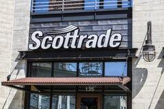 Индианаполис - около август 2017: Signage и логотип Scottrade Scottrade брокерская фирма скидки i Стоковая Фотография