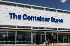 Индианаполис - около июнь 2017: Положение розницы магазина контейнера Магазин контейнера предлагает продуктам хранения i Стоковое фото RF