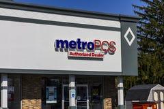 Индианаполис - около ноябрь 2016: Положение розницы MetroPCS MetroPCS предоплаченное беспроволочное обслуживание которое часть T- Стоковая Фотография RF