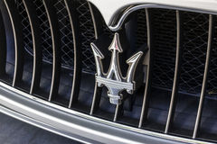 Индианаполис - около октябрь 2016: Логотип трёхзубца Maserati Maserati роскошный производитель автомобилей основанный в Италии VI Стоковая Фотография
