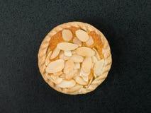 Индивидуальная миндалина покрыла пирог Bakewell Стоковые Изображения RF