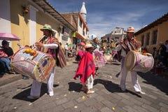 Индигенные quechua мужские барабанщики Стоковое Изображение RF