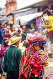 Индигенный рынок Майя в Chichicastenango стоковые фото